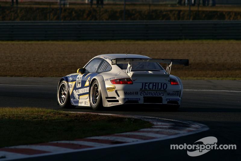 #74 Ebimotors Porsche 997 GT3 RSR: Marcello Zani, Xavier Pompidou