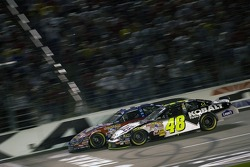 Jimmie Johnson and Matt Kenseth battle for the lead