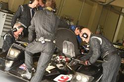 Creation Autosportif team members at work