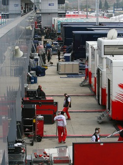 Teams pack up in the paddock
