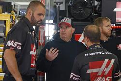 Tony Gibson, crew chief of Kurt Busch, Stewart-Haas Racing Chevrolet