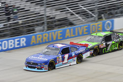 Elliott Sadler, JR Motorsports Chevrolet and Regan Smith, JR Motorsports Chevrolet