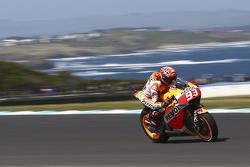 MotoGP 2015 Motogp-australian-gp-2015-marc-marquez-repsol-honda-team