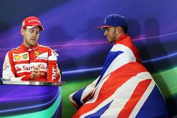 塞巴斯蒂安·维特尔,法拉利车队;刘易斯·汉密尔顿,梅赛德斯车队,赛后FIA新闻发布会