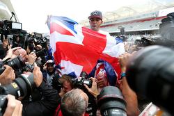 刘易斯·汉密尔顿,梅赛德斯车队,庆祝他第三个世界冠军