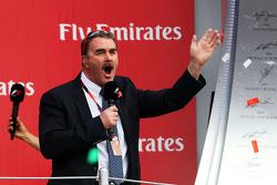 Podium: Nigel Mansell