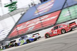 Casey Mears, Germain Racing Chevrolet and Kyle Larson, Chip Ganassi Racing Chevrolet