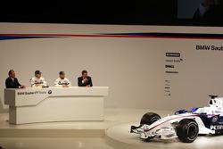 Robert Kubica, Nick Heidfeld, Willy Rampf, BMW-Sauber, Technical Director and Dr. Mario Theissen, BMW Sauber F1 Team, BMW Motorsport Director