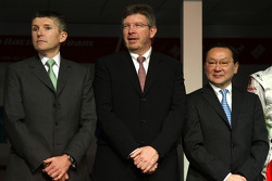 Nick Fry, Honda Racing F1 Team, Chief Executive Officer, Ross Brawn Team Principal, Honda Racing F1 Team, Yashurio Wada, Honda Racing Development Ltd, President