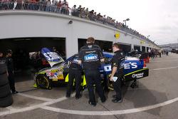 Lowe's Chevrolet crew members at work