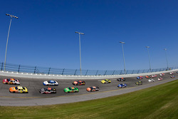 Tony Stewart and Clint Bowyer lead the field to the green flag