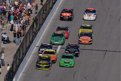 Brian Vickers and Kyle Busch battle for the lead
