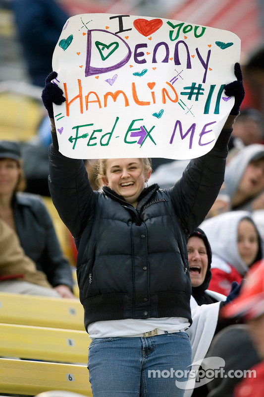 A Denny Hamlin fan shows her support
