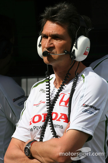 Jacky Eeckelaert, Honda Racing F1 Team, Chief Engineer _± Advanced Research Programmes