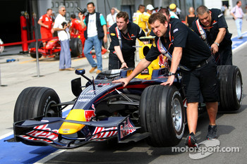 RB4, car of Mark Webber, Red Bull Racing
