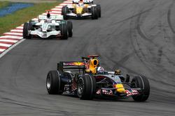 David Coulthard, Red Bull Racing leads Jenson Button, Honda Racing F1 Team