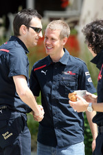 Race engineer Riccardo Adami, Sebastian Vettel and chief engineer Laurent Mekies