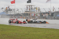 Marco Andretti in trouble