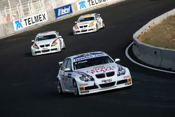 Andy Priaulx, BMW Team UK, BMW 320si WTCC, Jorg Muller, BMW Team Germany, BMW 320si, Felix Porteiro, BMW Team Italy-Spain, BMW 320si
