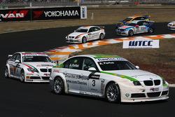 Augusto Farfus, BMW Team Germany, BMW 320si and Alex Zanardi, BMW Team Italy-Spain, BMW 320si