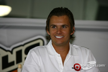 2005 Indianapolis 500 winner Dan Wheldon