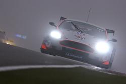 #10 Gigawave Motorsport Aston Martin DBR9: Philipp Peter, Allan Simonsen