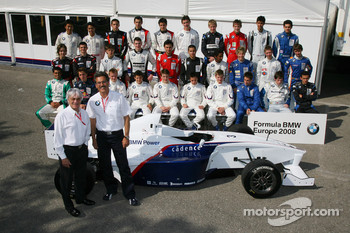 Bernie Ecclestone and Dr. Mario Theissen, BMW Sauber F1 Team, BMW Motorsport Director with the 2008 championship drivers