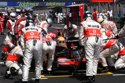 Lewis Hamilton, McLaren Mercedes during pitstop