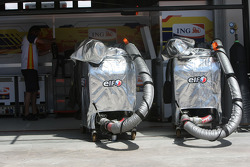 Elf Fuel rigs