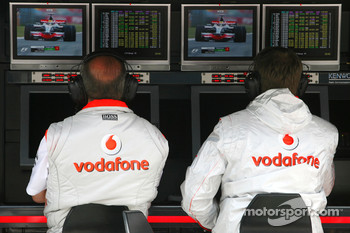 Ron Dennis, McLaren, Team Principal, Chairman watch Lewis Hamilton, McLaren Mercedes on TV