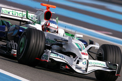 Alexander Wurz, Test Driver, Honda Racing F1 Team, RA108 with new front wing