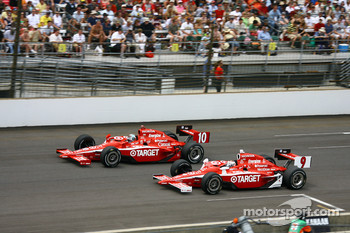 Dan Wheldon and Scott Dixon