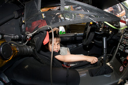 A young fan in the Corvette Racing Corvette C6.R