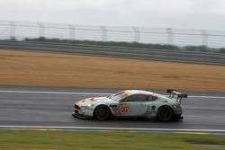 #007 Aston Martin Racing Aston Martin DBR9: Heinz-Harald Frentzen, Andrea Piccini, Karl Wendlinger