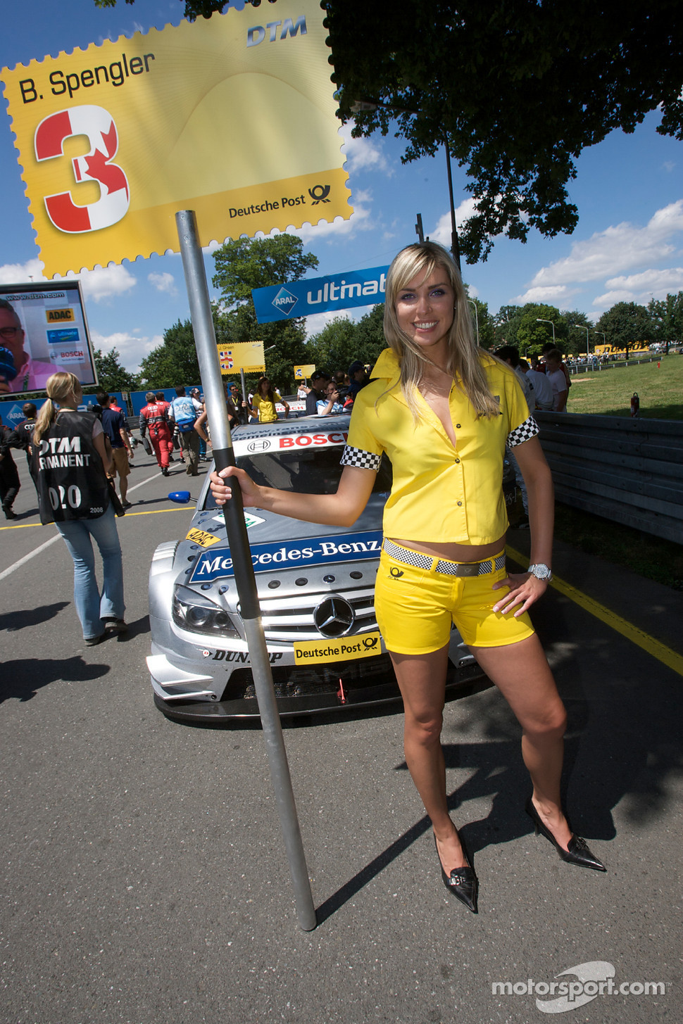 Grid girl of Bruno Spengler