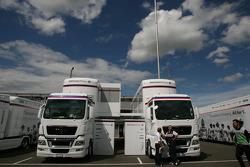BMW Sauber F1 Team, trucks