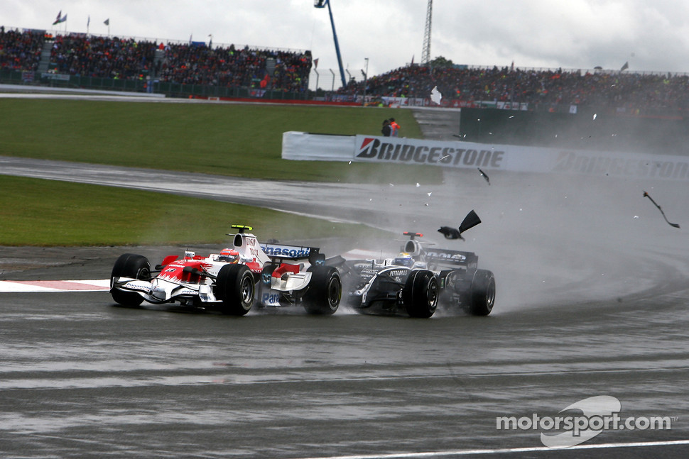 Timo Glock, Toyota F1 Team, Nico Rosberg, WilliamsF1 Team