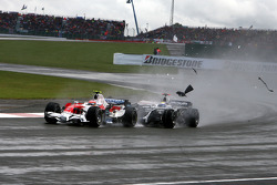 Timo Glock, Toyota F1 Team, Nico Rosberg, WilliamsF1 Team