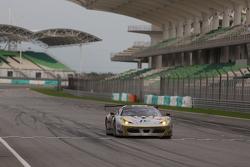 #38 Spirit of Race Ferrari 458 GT3: Nasrat Muzayyin, Rui Aguas