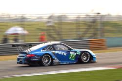费尔贝迈尔-博通车队77号保时捷997 GT3 RSR赛车:理查德·里兹、马克·里布