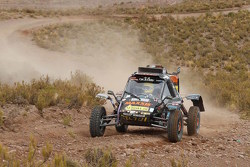 Tom Coronel in de Maxxis buggy