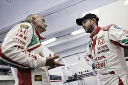 Gabriele Tarquini, Honda Civic WTCC, Honda Racing Team JAS and Tiago Monteiro, Honda Civic WTCC, Honda Racing Team JAS