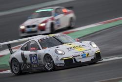 黑凖TMD Friction车队60号保时捷911 GT3 Cup:布克哈德·凯泽、索伦·林氏、斯坦尼斯拉夫·明斯基、马克·沃伦魏茵、克劳斯·巴赫勒