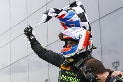 Winnaar Pipo Derani, ESM Racing viert de overwinning