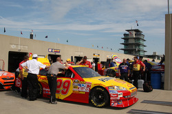 Pennzoil Chevy in tech inspection line