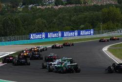 Start, Lewis Hamilton, McLaren Mercedes, MP4-23 and Felipe Massa, Scuderia Ferrari, F2008