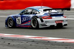 #75 Juniper Racing Porsche 911 GT3 RS: Shaun Juniper, Max Twigg, Craig Baird, Rodney Forbes