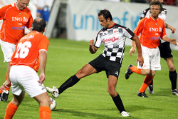 Charity Football Match, Nazionali Piloti vs All Stars Team: Vitantonio Liuzzi, Test Driver, Force India F1 Team