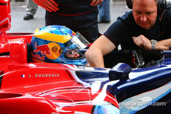 Sébastien Bourdais gets ready for the run