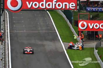 Jenson Button, Honda Racing F1 Team stopped on track